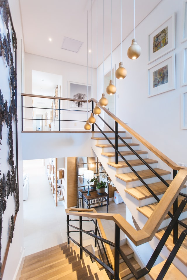 שילוב מעקות נירוסטה בעיצוב הבית – מה כדאי לדעת