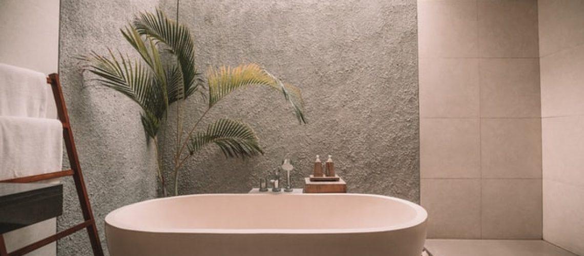 עיצוב פנים מותאם אישית של חדר האמבטיה